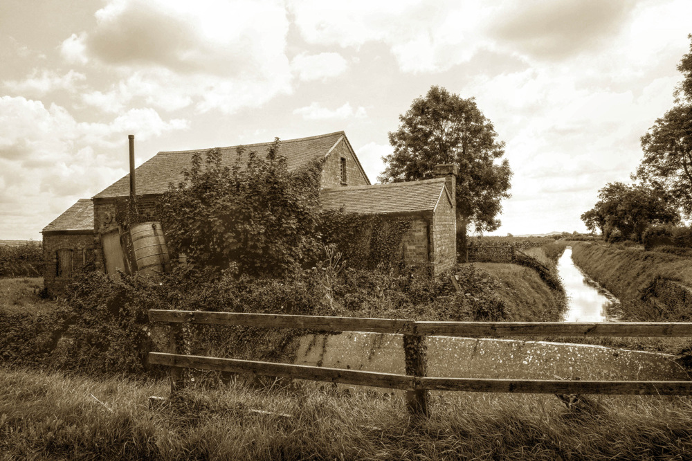 photoblog image THE PUMP HOUSE