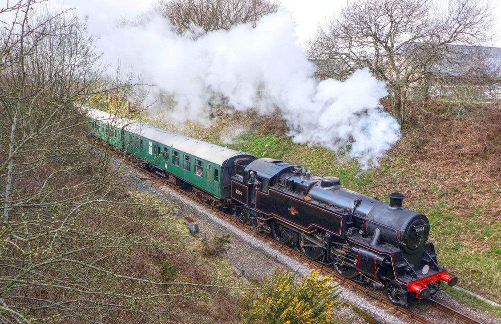 photoblog image TRAIN NOW DEPARTING